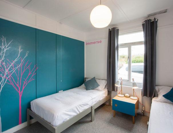 fourwinds-bedroom04b-1240px